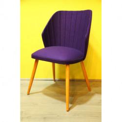 Chaise vintage restaurée en feutre